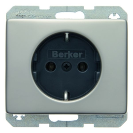 47140004 BERKER SCHUKO-STECKDOSE ARSYS EDELSTAHL Produktbild