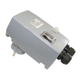 56108000 PC-E DOM MS Stecker 8A mit I-0 Schalter Produktbild
