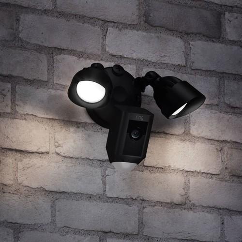 4462231 Ring 8SF1P7-BEU0 Überwachungs- kamera WLAN schwarz Flutlicht Produktbild Additional View 3 L