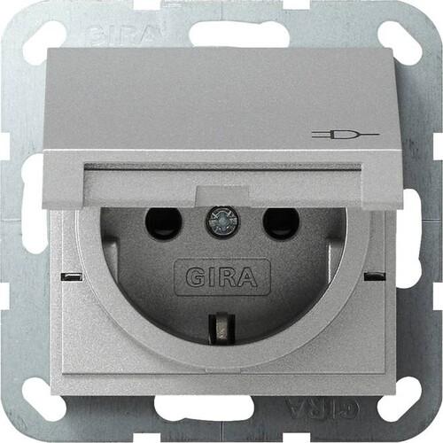 41426 GIRA SCHUKO-STECKDOSE M. KLAPPDECKEL SYSTEM 55 ALU M.SHUTTER Produktbild Front View L