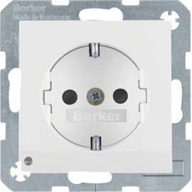 41091909 Berker Schuko-Steckdose m.LED- Orientierungslicht S1 polarweiss matt Produktbild